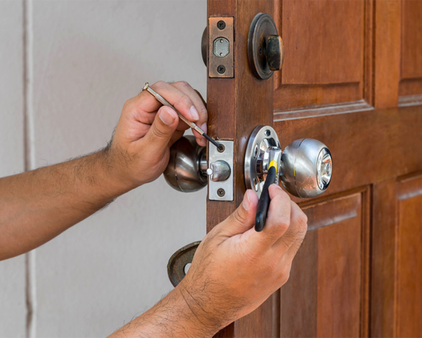 Residential Locksmith Services In Alhambra